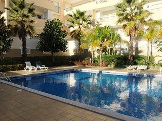 Modern 2-bedroom apartment in Lagos, Western Algarve, Portugal