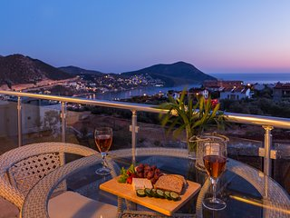 Elif Apartment Dahlia C4, Kalkan apartment with private pool