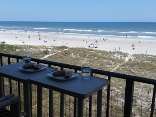 Charming Beach - Breathtaking View, Relaxing-Direct Beach Front Luxurious Condo., Jacksonville Beach