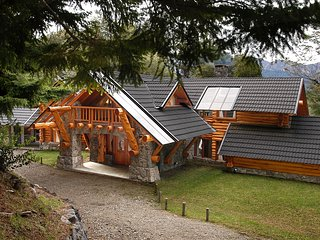 AMAZING 4 BEDROOM CHALET IN VILLA TRAFUL (VT1)