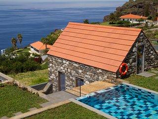 Casa Palheiro at Casas Da Vereda