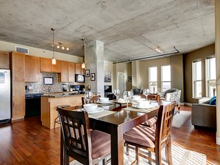 Beautiful Market Street Apartment by Stay Alfred, Denver