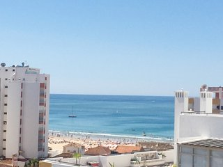 3 Bedroom Apartment - Praia da Rocha - Portimão (P#1103)