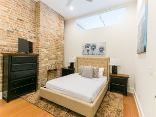 Captivating Carondelet Street Apartment by Stay Alfred, Nova Orleans