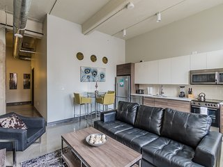 Captivating South Ervay Street Apartment by Stay Alfred, Dallas