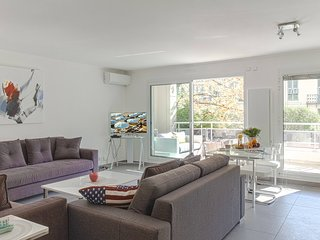 1 bdr Cozy 60 m2 A/C - Terrace - 2 mn Massena-121, Nice