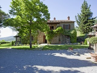 Tuscan Farmhouse with Pool within Walking Distance of Cortona - Casa Rita
