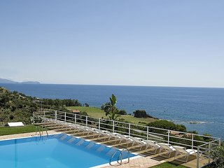 2 bedroom Villa in Acciaroli, Campania, Italy : ref 5228478