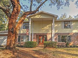 NEW! Tranquil 4BR Largo House w/Private Pool!