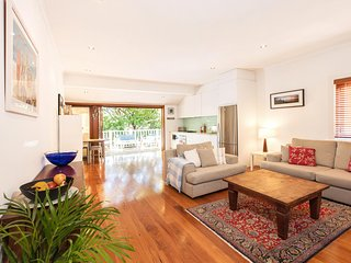 Walk to Bondi Beach from this lovely holiday home