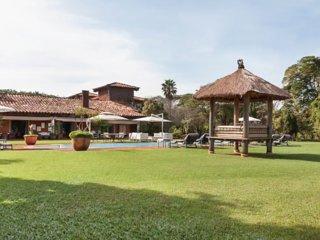Stunning Villa sleeps 24 in 11 ensuite bedrooms