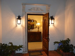 Front foyer entrance