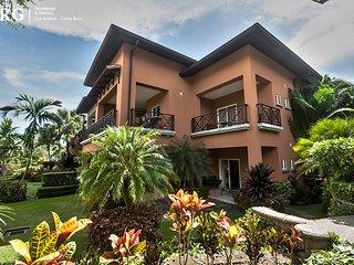 Tropical Golfer´s Condo Veranda 6H ~ RA73989, Herradura