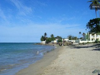 Budget Beach Penthouse - Loiza, Pr ~ RA132910