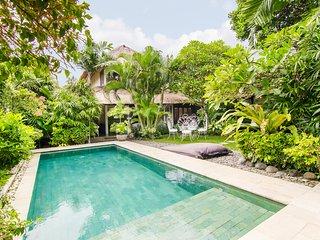 Cutest 3 bedrooms villa in Seminyak Mega Central