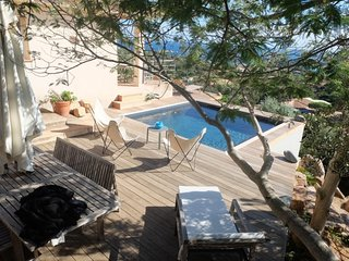 House - 600 m from the beach, Santa Giulia