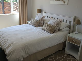 Charming self-catering unit in Die Wilgers (The Willows), Pretoria