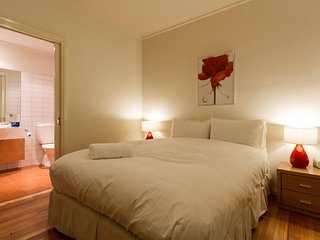 Luxury Accommodation St Kilda - Beach House at the George