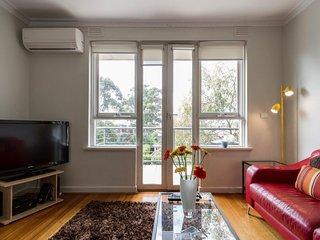 Serviced Apartments St Kilda - Beach House on Robe 3