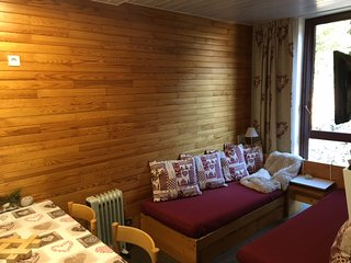 Cozy studio - foot of ski slopes, Macot-la-Plagne