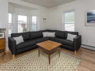 Modern 3BR, 1.5 BA Portland Home - Views of Back Cove, Walk to Restaurants