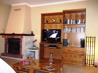 Apt. 10 minutes walk to the city center, calm area, Tavira