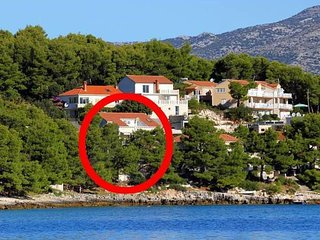 APARTMENT IVANA BY THE SEA