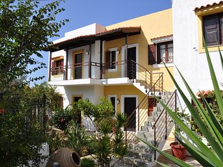 PENNYSTELLA No 10 Charming See View Apartment