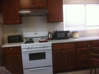 Furnished 2-Bedroom Cottage at Geary Blvd & 15th Ave San Francisco