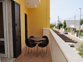 """Appartamento Primo Piano 4/5 Letto  """"Due Passi dal Mare e dal Centro"""", Porto Cesareo"""