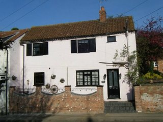 Rosehip Period Cottage, Bingham, Nottinghamshire""