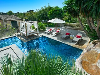 Sunbathe at Villa Miquela with Private Pool and Waterfall