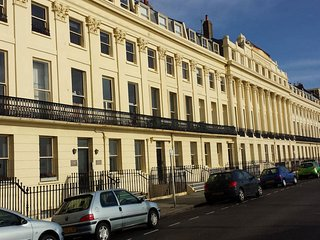 Lawn Terrace | Brighton Seafront Short Break & Holiday Apartment, Hove