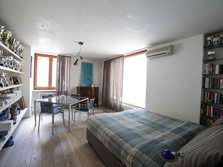 Cozy room in Villa with pool, Mondello beach