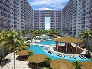 Condo near MALL Of ASIA,MANILA,near airport.