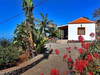 Acogedora casa en El Jesús una de las mejores zonas de La Palma, la Isla Bonita