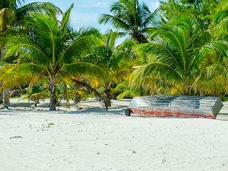 Casa Camara Tulum Sian Ka'an, exclusive beachfront property, 6 bdr