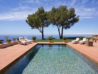 Can Miquelet - Private villa with fantastic view of the mountains and sea, Deià