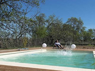Masette de Bazin gite rentals in South of France with private pool sleeps 6, Montagnac