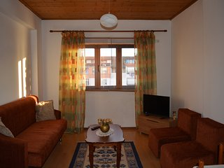 Ymeri Apartment