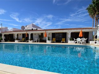 Peaceful villa with a huge pool, and lovely country views