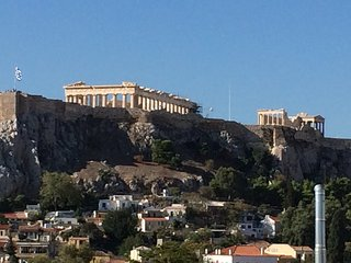 BREATHTAKING VIEW OF THE ACROPOLIS, Tavros