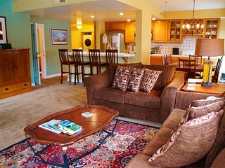 Steps from Canyon Lodge - Listing #340, Mammoth Lakes