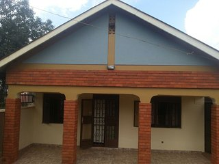 bhai home rooms to rent for short and long term stay in kampala bukoto, Kampala