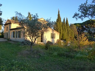 BASTIDON DE CASTEUSE, Location meublee de tourisme,Lourmarin, Luberon , Provence