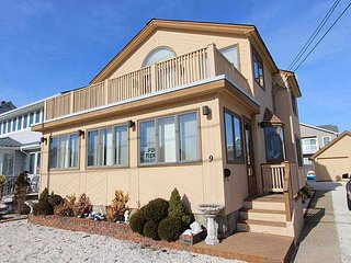 Ocean Block, Centrally Located, Beach Access, Center of Town, Lavallette