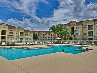 Great apartment Near to Disney World Superior Deluxe 2 Bed Apartment TR-93724