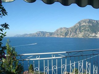 Casa La Gavitella - free seaview towards Positano and Capri