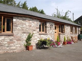 Cantref Coach House (CANTR), Brecon