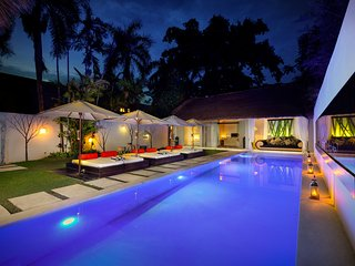 Luxury 4 Bedroom Villa in Central SEMINYAK - Close to Eat Street and Shop